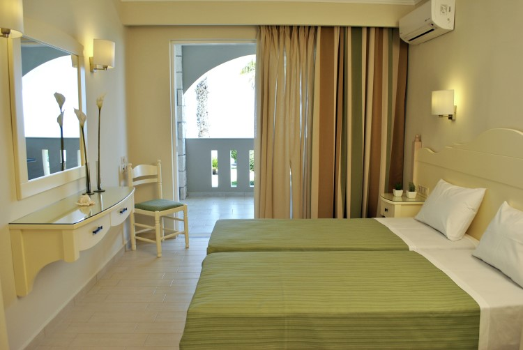 Porto Davia Studios Apartments - Zakynthos Greece